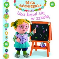Liza bawi się w szkołę....